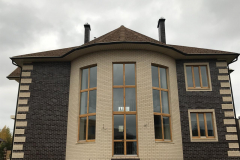 фото деревянного окна в доме