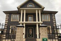 деревянные окна - общий вид дома